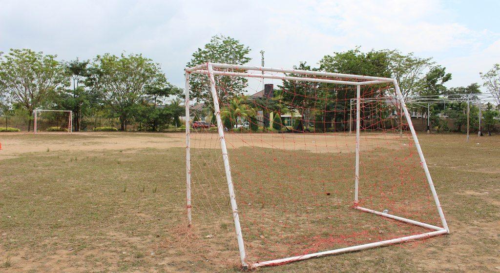 F7 Lapangan Sepak Bola N